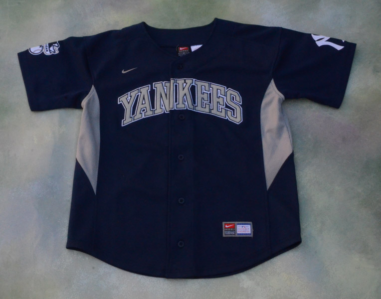 Details about Nike MLB New York Yankees Derek Jeter 2 Jersey Size Youth M.